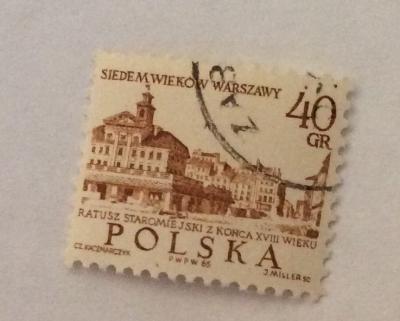 Почтовая марка Польша (Polska) Old Town Hall, 18th Cent.   Год выпуска 1965   Код каталога Михеля (Michel) PL 1600-3