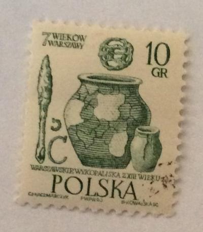 Почтовая марка Польша (Polska) Artifacts, 13th century | Год выпуска 1965 | Код каталога Михеля (Michel) PL 1598-2