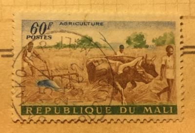 Почтовая марка Мали (Republique du Mali) Ox Plow   Год выпуска 1961   Код каталога Михеля (Michel) ML 33