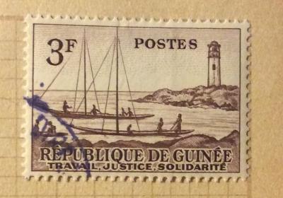 Почтовая марка Республика Гвинея (Rebulique de Guinee) Ships and lighthouse | Год выпуска 1959 | Код каталога Михеля (Michel) GN 10
