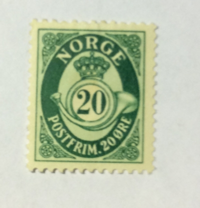 Почтовая марка Норвегия (Norge postfrim) Posthorn 'NORGE' in Roman Capitals | Год выпуска 1952 | Код каталога Михеля (Michel) NO 357