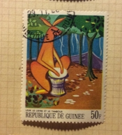 Leuk the hare beats the drum